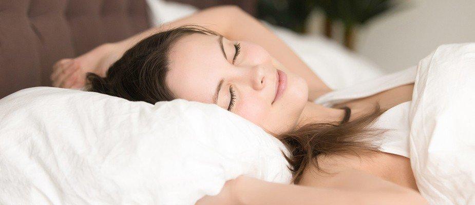 Sofre com dor de cabeça? O travesseiro certo pode resolver.